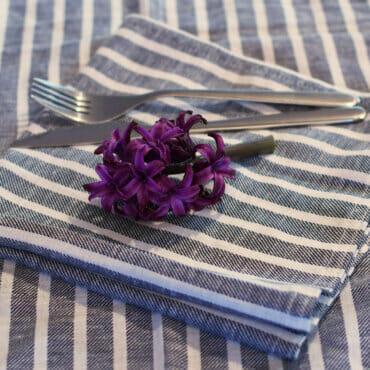 How to make cloth napkins, the easy way
