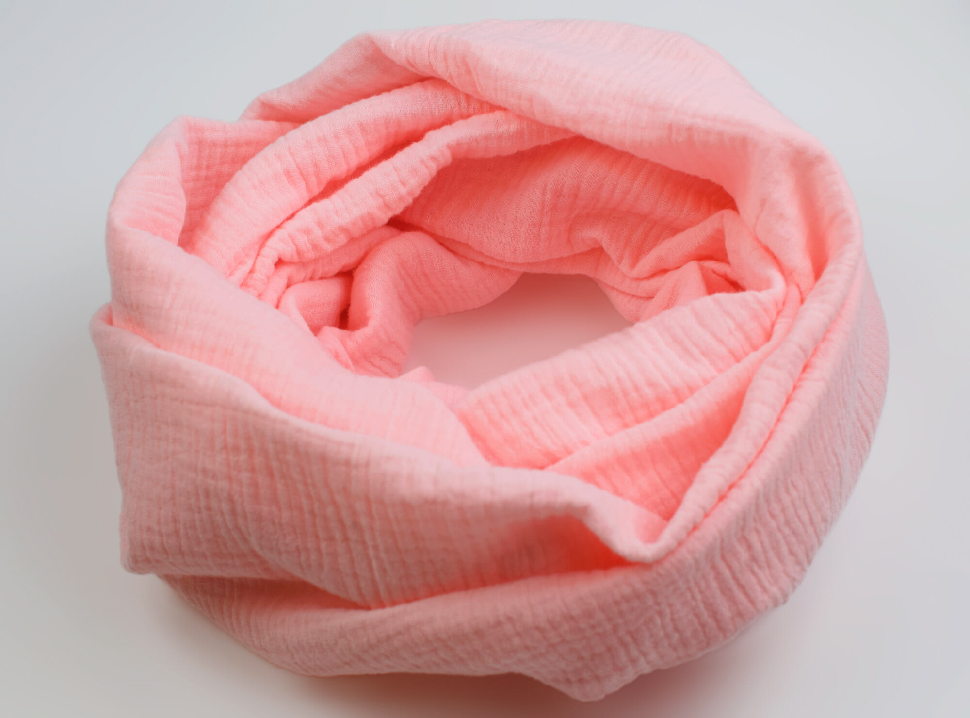 How to make an infinity scarf in 5 easy steps - I Can Sew This