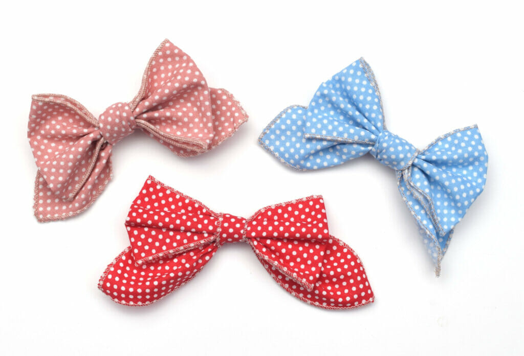 How to make DIY fabric bows tutorial