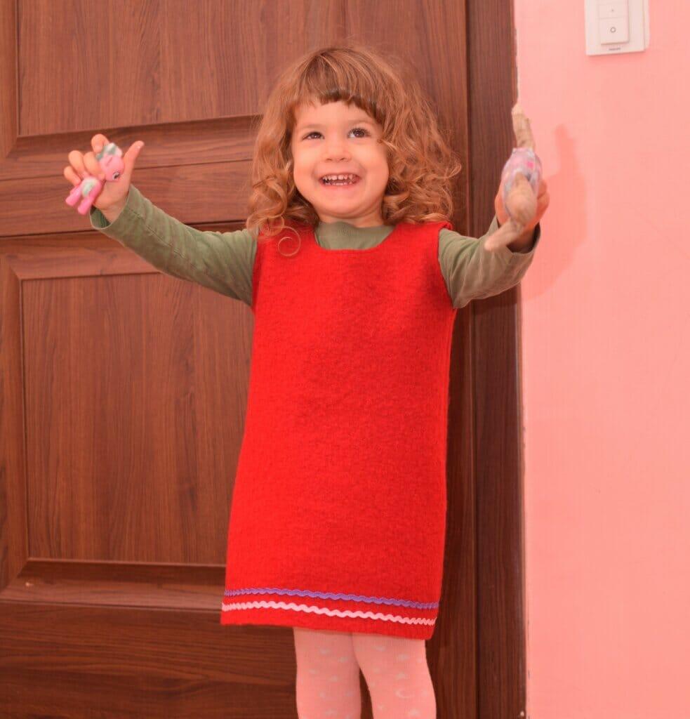 easy DIY wool dress for girls