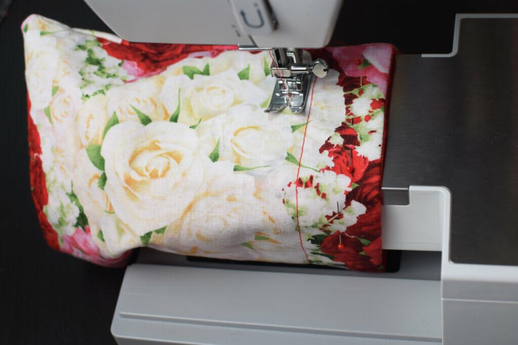 sewing machine, lined drawstring bag
