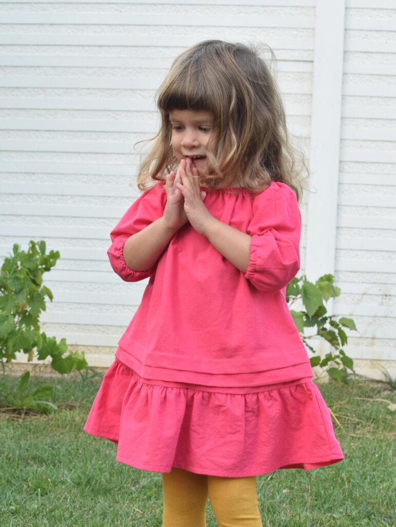 Free little girls peasant dress pattern
