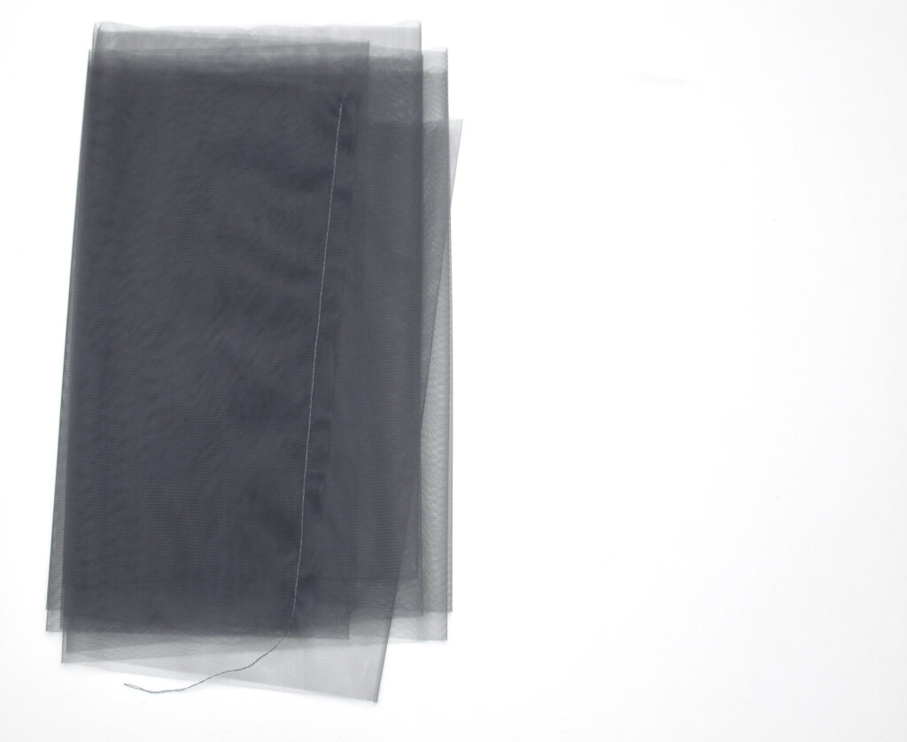sewing straight a tulle seam