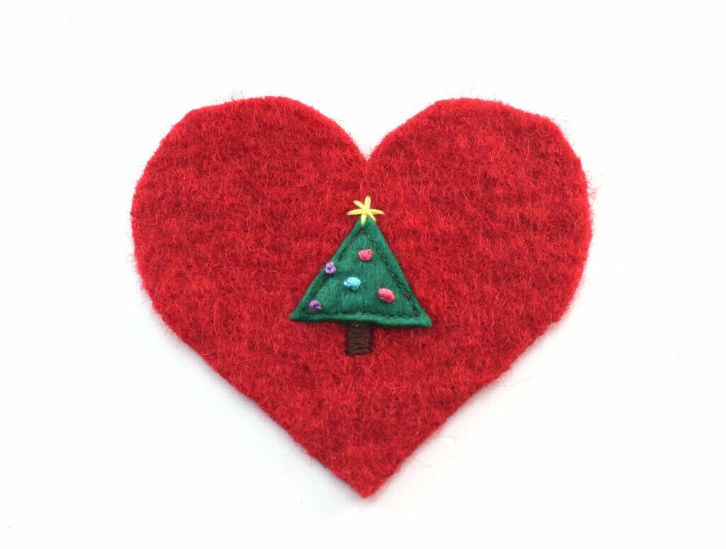 heart shaped Christmas ornaments, tree