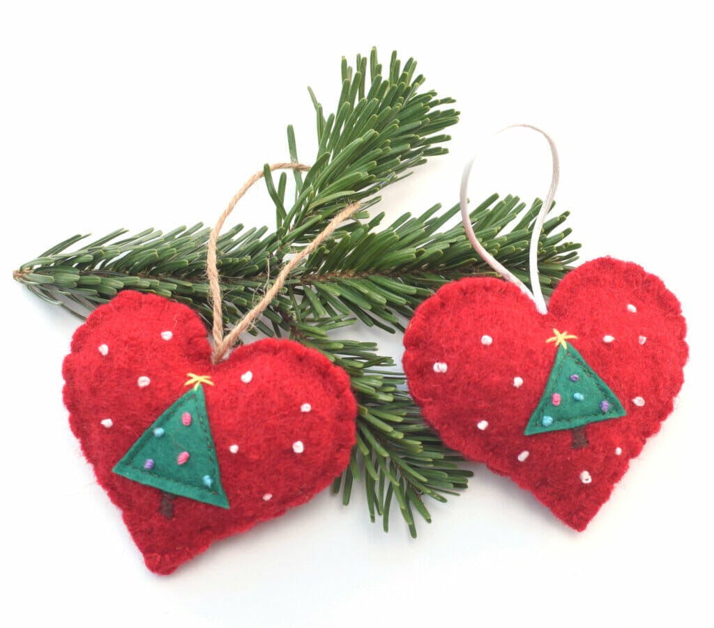 wool Christmas ornament tutorial