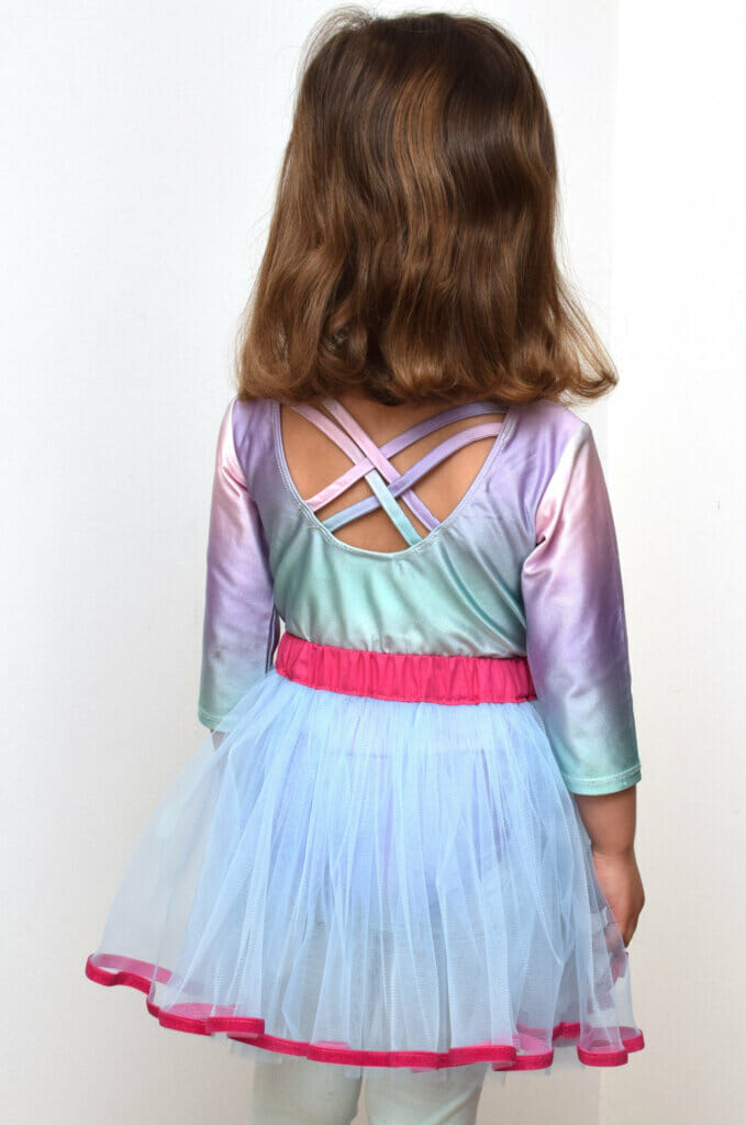 pink and blue tutu skirt tutorial