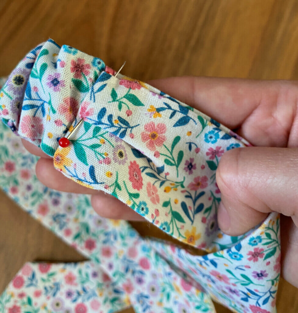 sewing pin - DIY headband
