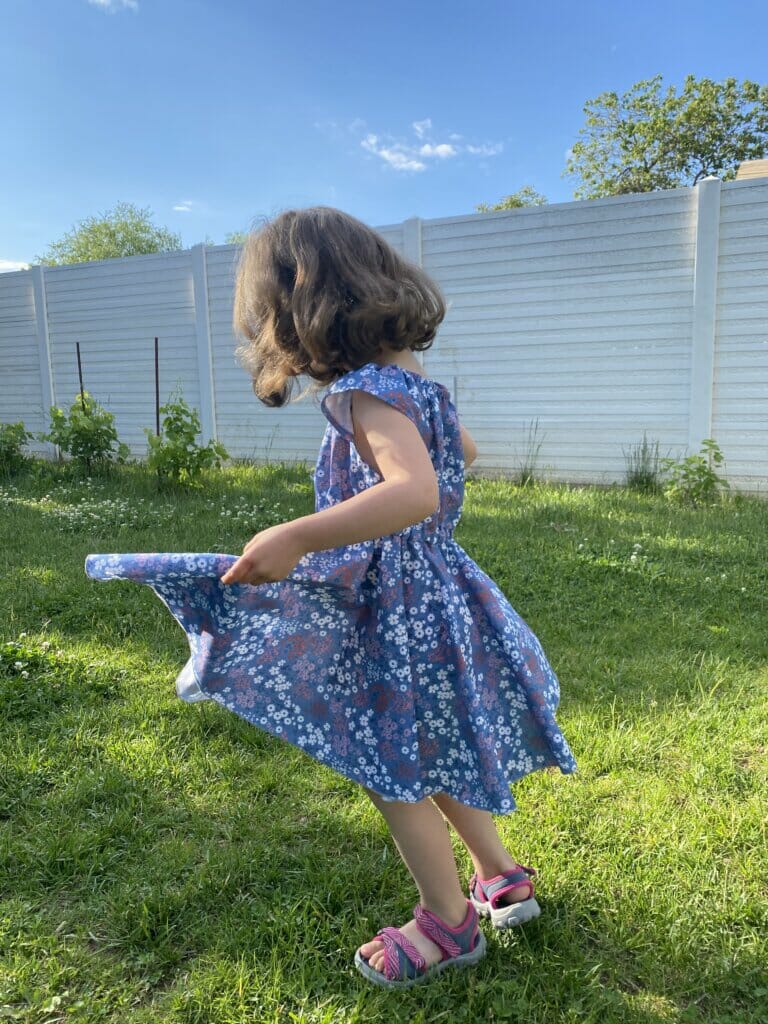 DIY circle skirt dress - free pattern and tutorial