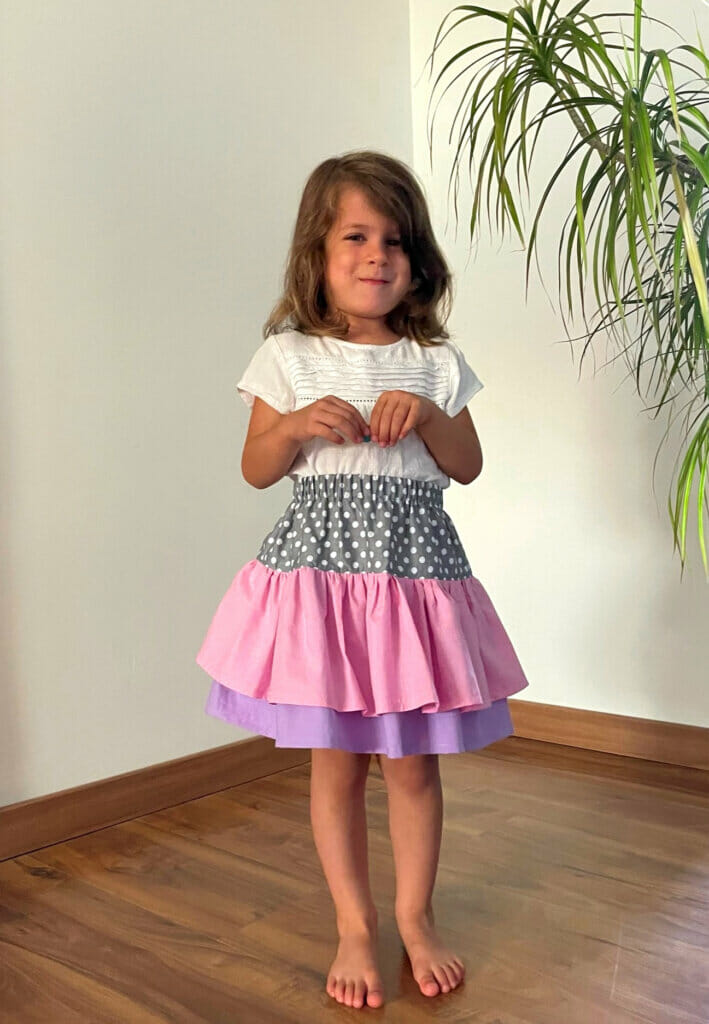 DIY girls ruffle skirt tutorial