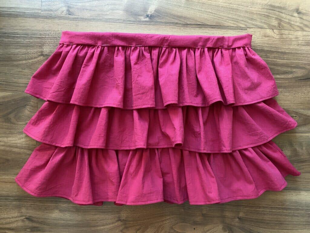 DIY tiered skirt with elastic waistband tutorial