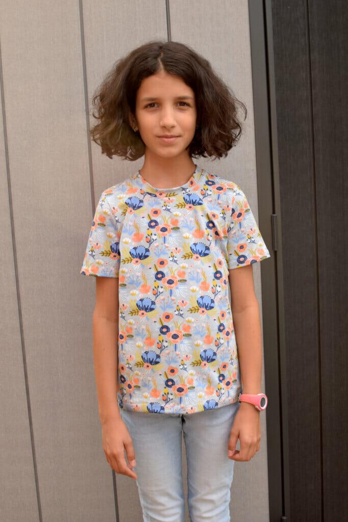 DIY tween T-shirt